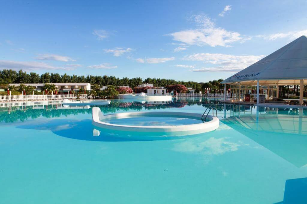 Club Esse Sunbeach Resort 1
