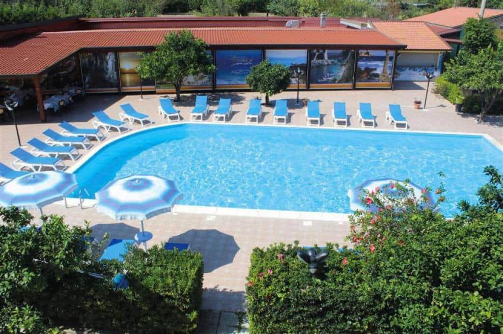 Aquilia Resort Club 1