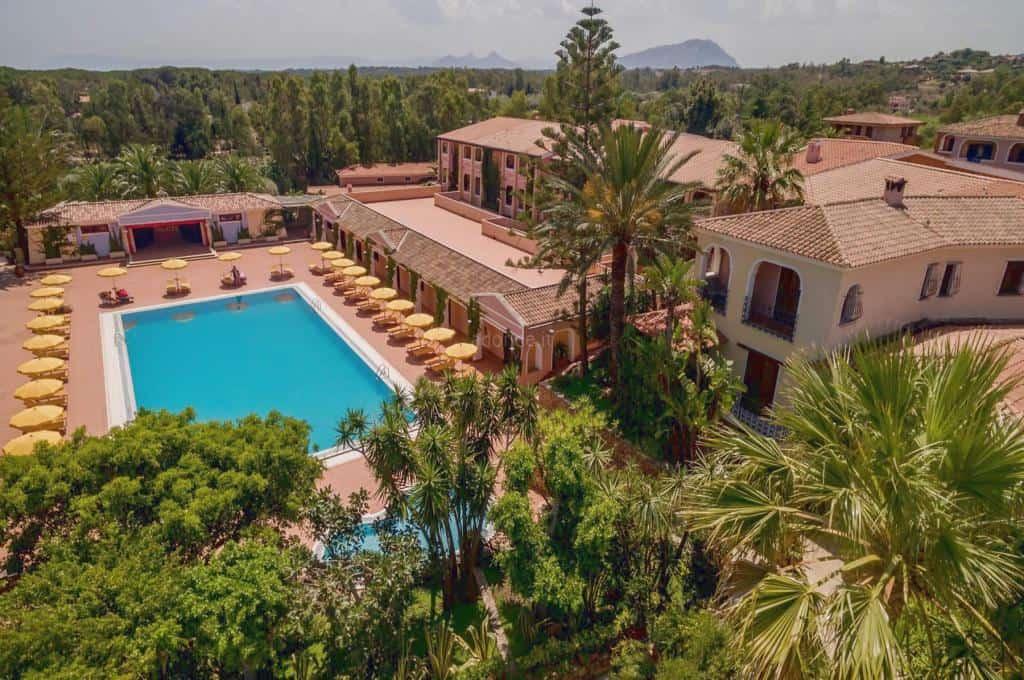 Cala Ginepro Hotel Resort 1