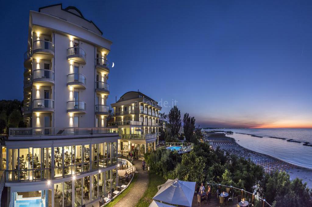 Hotel Sans Souci 1