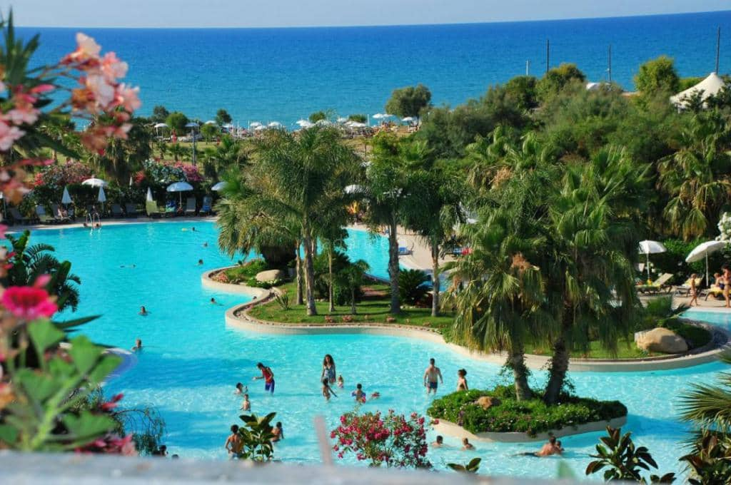 Acacia Resort 1
