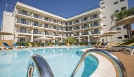 Ticho's Hotel, Castellaneta Marina